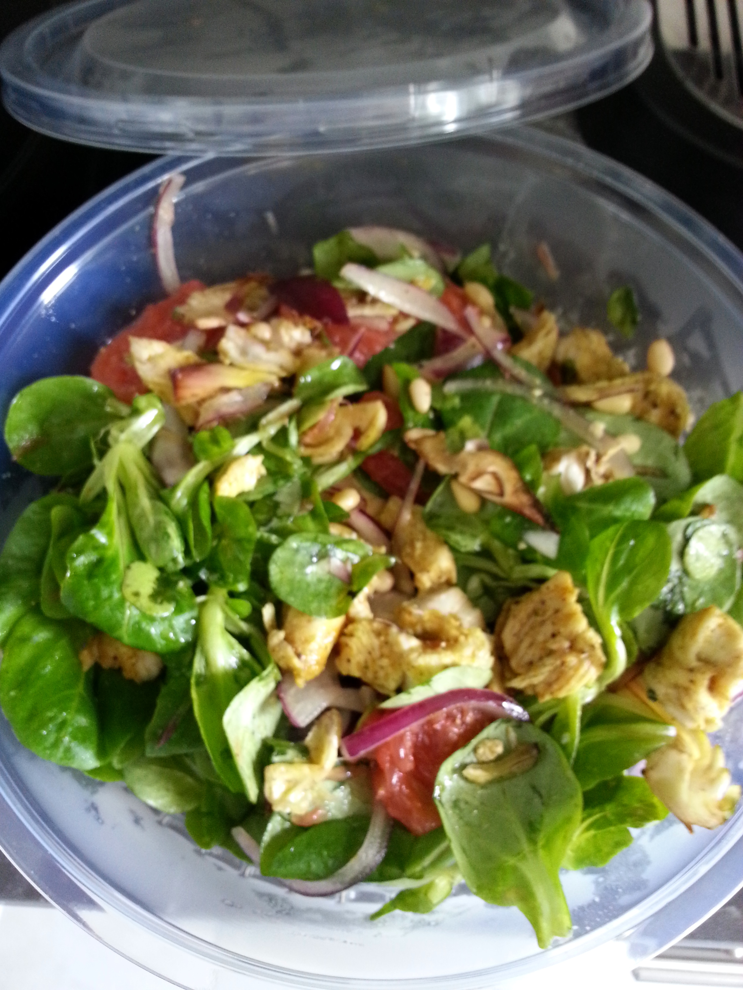 Au gubernatis quand un boulanger ouvre un petit bar salade strolling - Quand repiquer les salades ...