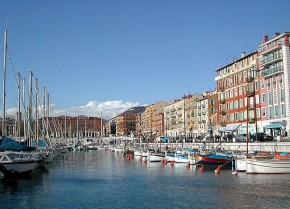 Strolling through Nice…in English, s'il vous plait
